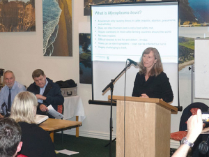 Biosecurity NZ vet Dr Eve Pleydell speaks to Cheviot farmers last week.