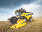 New Holland claims its new hybrid CH 7.70 can deliver up to 25% more output than a conventional CX equivalent.