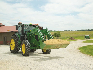 John Deere is updating its lineup of 110hp to 250h 6R Series cabbed tractors for the 2019 season.