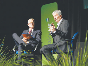 Agriculture Minister Damien O'Connor and DairyNZ chairman Jim van der Poel address last week's DairyNZ Farmers' Forum in Hamilton.