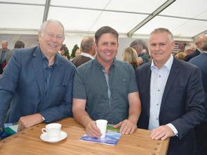 New Fonterra director Peter McBride (right) with shareholders Stuart Bay (left) and Dean Fountain.
