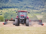 Crop handler suits choppers, wagons, balers