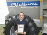 David Williams, general manager Toplink Machinery with the SIAFD award for imported machinery.