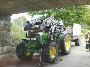 On average 15 tractors a week are damaged in accidents, says FMG.