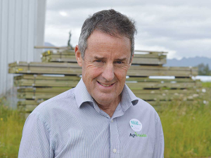 Mastitis expert Steve Cranefield says some farmers wrongly believe mastitis is contagious.