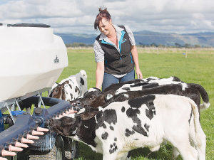 A mobile feeder that self-mixes milk powder and self-cleans, all while feeding out milk to hungry calves.