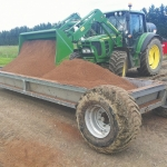 Feed trailers raise efficiency, cut waste