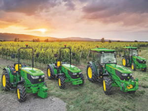 JD's 5G series provides a wide range of formats for all horticultural and viticulture scenarios.