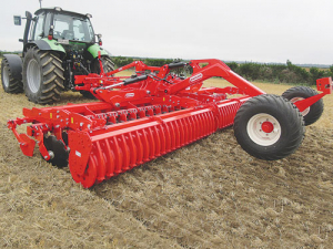 The new Maschio Presto disc harrow is ideal for uniform paddock work up to 10cm deep at speeds up to 15km/h.