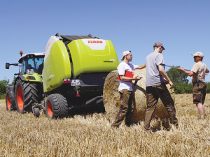 The new Claas Variant 400 series passed its test with flying colours.
