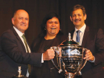 Hort NZ chair Barry O'Neill; Māori Development Minister Nania Mahuta and Ahuwhenua Trophy committee chair Kingi Smiler at the unveiling of the new hort trophy at last year's Hort NZ conference.