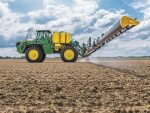 The JD R4050i's boom is said to be much lighter than steel or aluminium, but at least five times stronger than a steel equivalent.