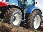 Farmers can increase yield by 4% using the company's Ultraflex tyre technology, claims Michelin.